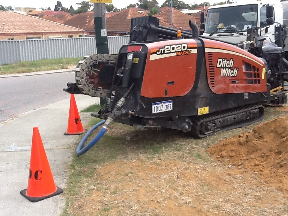 Ditchwitch Drill